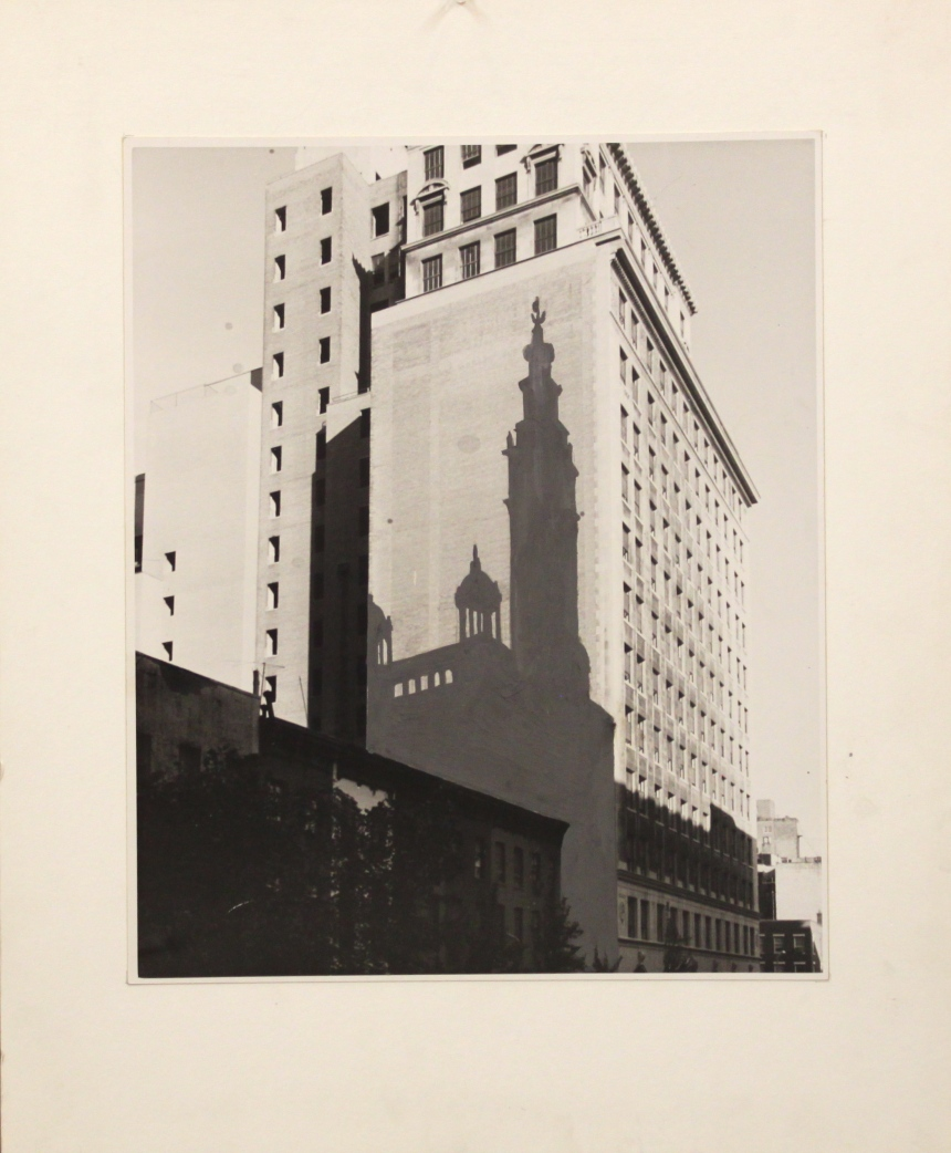 shadow-of-old-madison-square-garden-on-a-wall-on-23rd-street