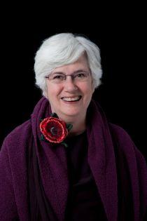Helen Evans Headshot